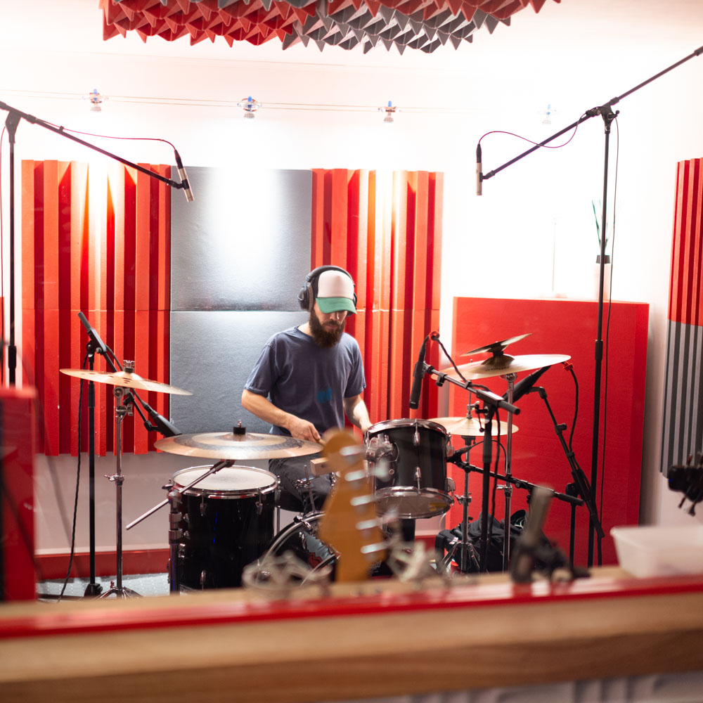 Indoluwe at SoundReplay recording studio